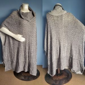 EIGHT EIGHT EIGHT Sweater/Shawl in Women's size XL